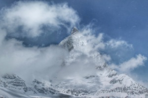 The Matterhorn appears through the clouds!
